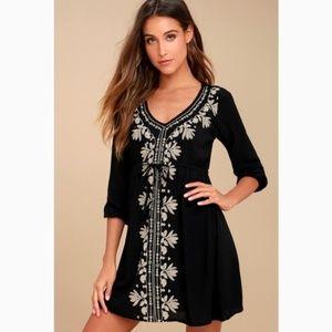 NWT Mina O'Neill Black Embroidered Dress Sz S